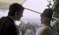 Младоженката беше в черно